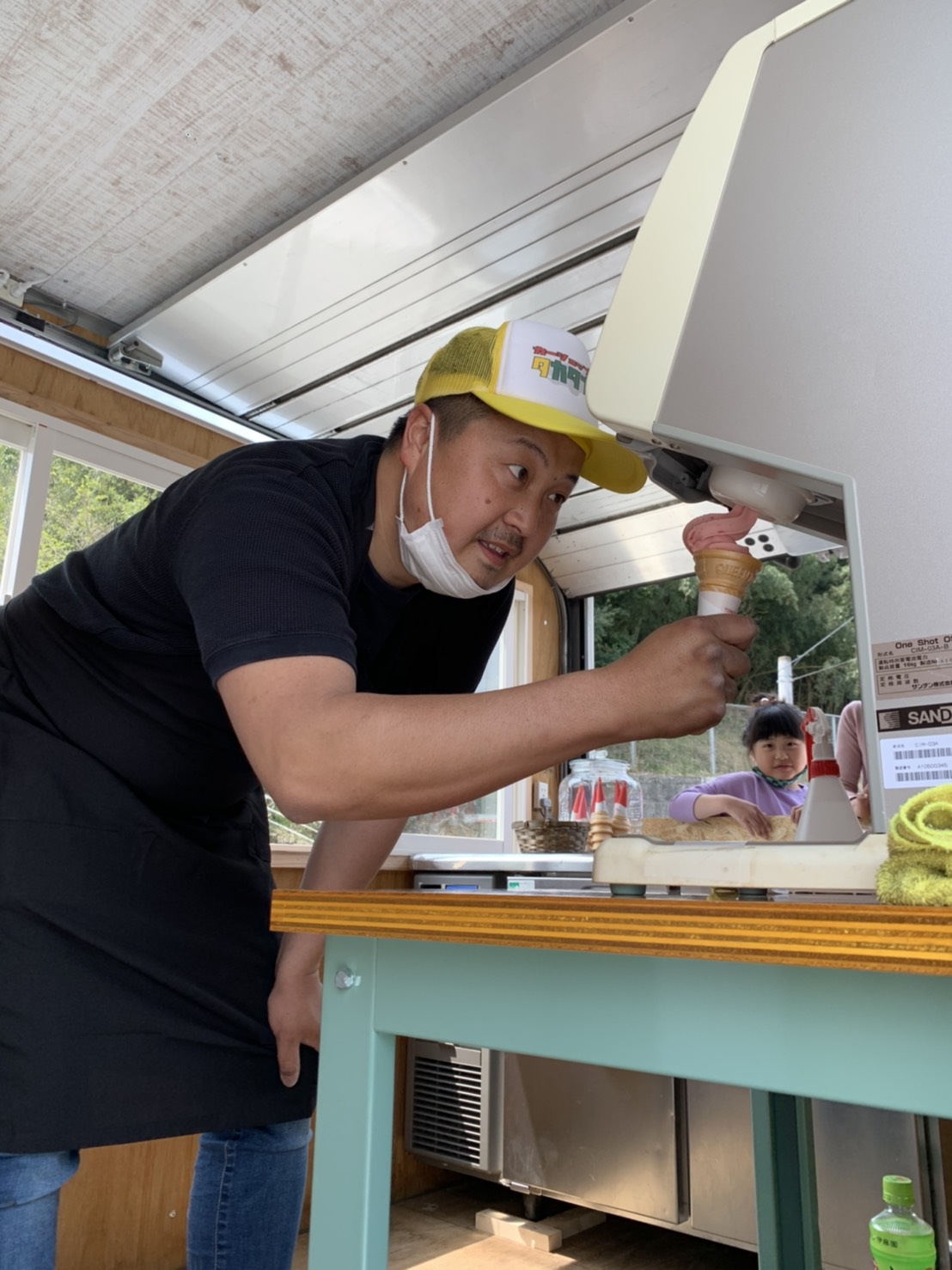 キッチンカーオープンしました!!